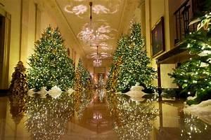 Melania, Trump, Reveals, Christmas, D, U00e9cor, But, Stays, Hidden