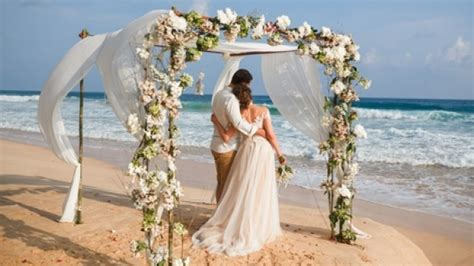 Why You Should Help Pay For Guests At Your Destination Wedding