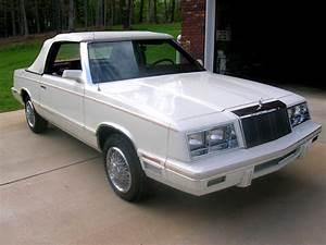 Chrysler Le Baron Cabriolet : car of the week 1982 chrysler lebaron convertible old cars weekly ~ Medecine-chirurgie-esthetiques.com Avis de Voitures