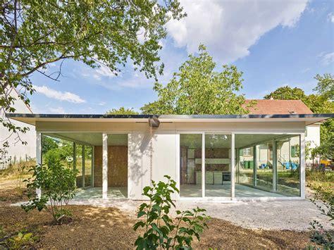 Movable House In Riehen movable house in riehen flachdach wohnen baunetz wissen