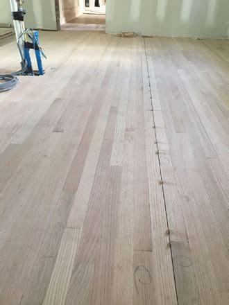 Installing Solid Red Oak Hardwood Flooring   Avondale