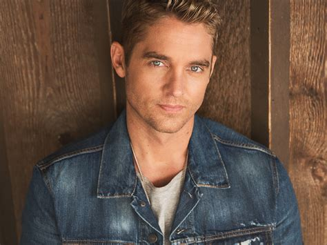 """Brett Young Reaches Platinum Milestone With """"in Case You"""