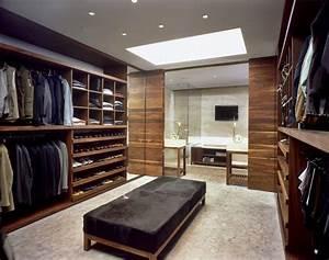 Cabine armadio al maschile: tra colore e funzionalità, stili e luci Ideare casa