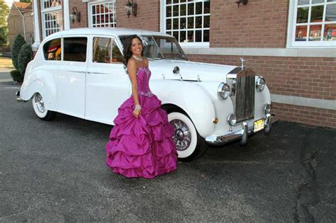 Quinceanera Limos by Sweet 16 Quinceanera Limo Service Limos