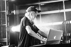 Elusive Cashmere Cat dodges projectiles while spinning ...