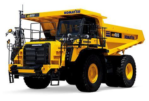 gear replicas komatsu hd   highway dump truck
