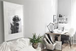 Wandfarbe Grau Schlafzimmer : wandfarben in grau kolorat ~ One.caynefoto.club Haus und Dekorationen