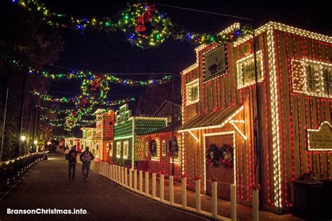 ultimate  silver dollar city christmas travel guide
