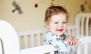 Lit a barreaux jusqua quel age dans la chambre de bebe for A quel age bebe dort dans sa chambre