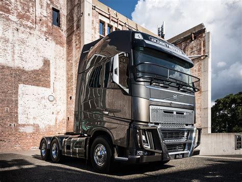 volvo trucks teases concept fh xxl cab heavy vehicles
