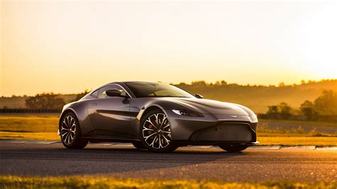 Martin Vantage Hd Picture by Hd Aston Martin Wallpaper Impremedia Net