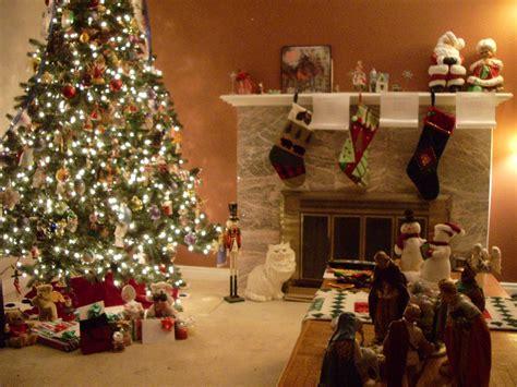 dekoration für weihnachten wie dekorieren ein kleines wohnzimmer f 252 r weihnachten
