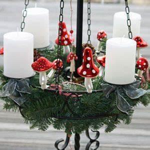 Adventskranz Metall Dekorieren : die besten 25 depot adventskranz ideen auf pinterest weihnachtsdeko depot deko weihnachten ~ Orissabook.com Haus und Dekorationen