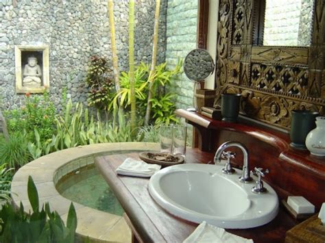 Outdoors Bathroom : 30 Outdoor Bathroom Designs