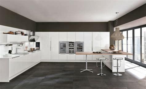 cuisine blanche laquee la cuisine colombinicasa de design moderne et fonctionnel
