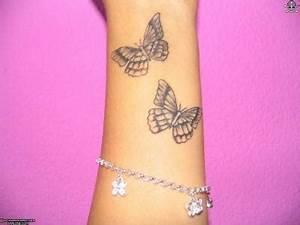 Tatouage Papillon Signification : poignet tatouages papillons ~ Melissatoandfro.com Idées de Décoration