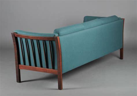 canapé mal de dos canapé suédois vintage 55