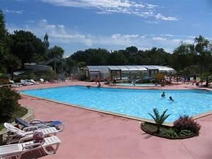 Camping bretagne camping baie de douarnenez finistere sud for Camping avec piscine couverte bretagne 13 camping le ptit bois yelloh village en bretagne