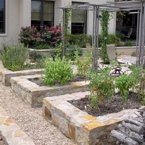 15 Charming Garden Design Ideas With Stone Edges And