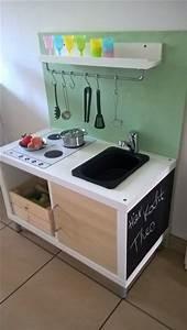 Ikea Bücherregal Kinder : die besten 17 ideen zu kinderzimmer regale auf pinterest ~ Lizthompson.info Haus und Dekorationen