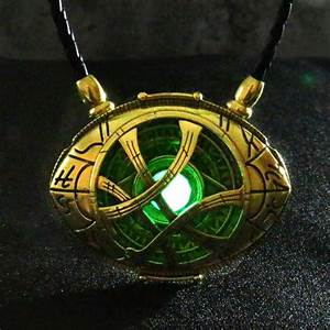 Glow in the dark Eye of Agamotto - World of Captain