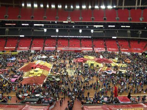 monster truck jam atlanta atlanta monster jam shows promise of 2012 monster truck season