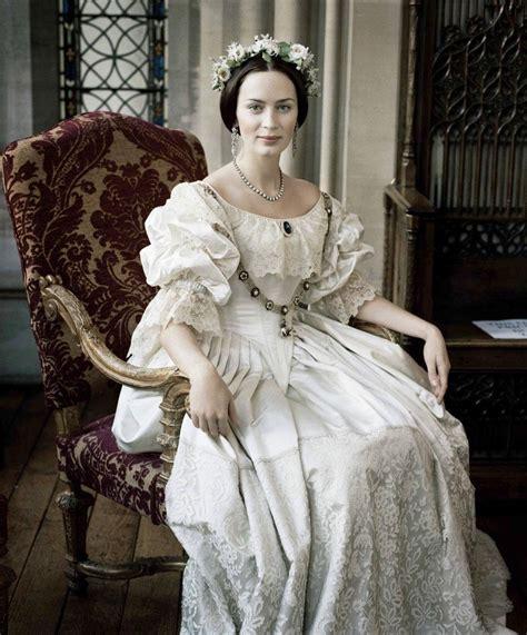 攝影 設計 從維多利亞女王談電影服裝設計 ocgirl 玩樂筆記