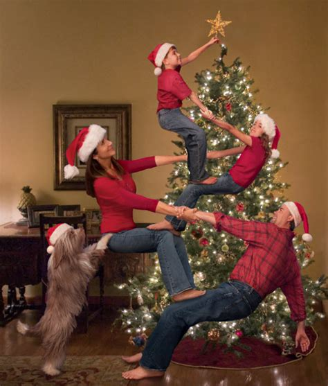 fun  creative family photo ideas hative