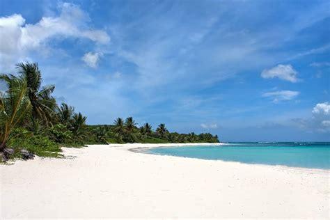 beach weather  flamenco beach culebra island puerto