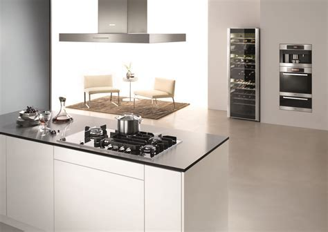 Miele Introduces New Elegant Gas on Glass Cooktops