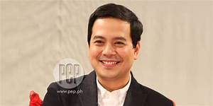 """John Lloyd says relationship with Angelica is """"going ..."""