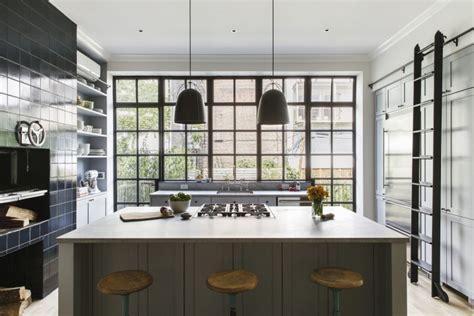 Klassieke landelijke keuken in herenhuis   Huis inrichten.com