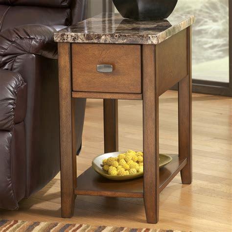 signature design  ashley breegin   chairside