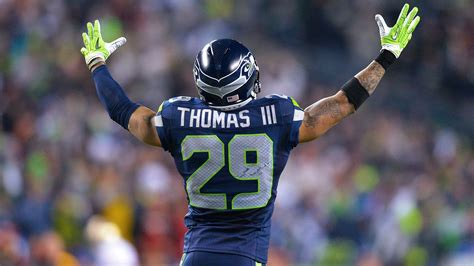 earl thomas seattle seahawks agree  contract extension