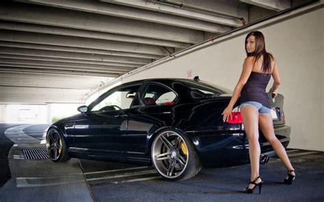 Chicas Hermosas Y Autos