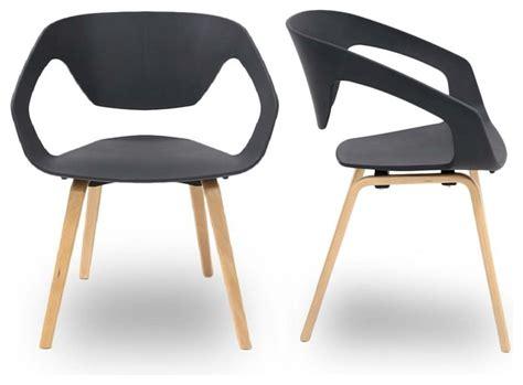 deco cuisine grise et lot de 2 chaises design scandinave danwood couleur noir