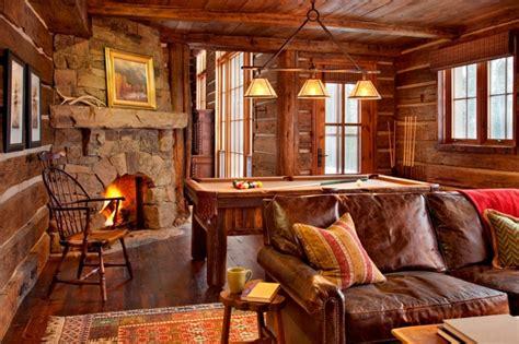 canapé cuir ancien maison rustique entièrement en bois au montana états