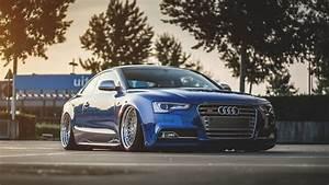 HD Hintergrundbilder Audi S5 Coup Blau Tuning Stadt