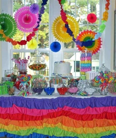 tavoli addobbati per compleanni tavola per compleanno su82 187 regardsdefemmes