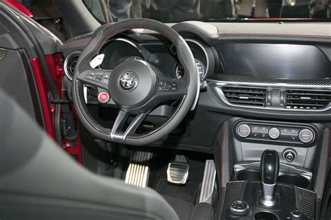 Italian Suv Autoshowdown Alfa Romeo Stelvio Vs Maserati