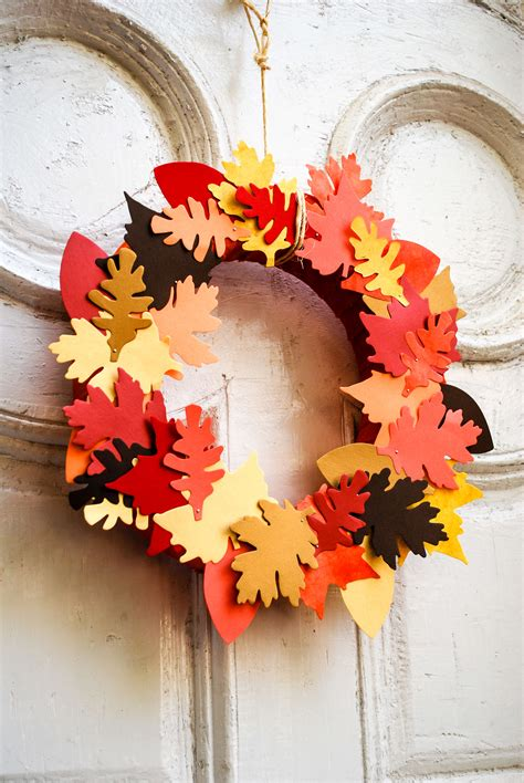 paper  fabric leaf fall wreath merriment design