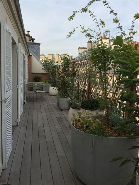 comment amenager  balcon filant parisien balcon