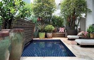 Mini Pool Terrasse : relooking d 39 une petite salle de bain mini piscine piscines et terrasses ~ Orissabook.com Haus und Dekorationen