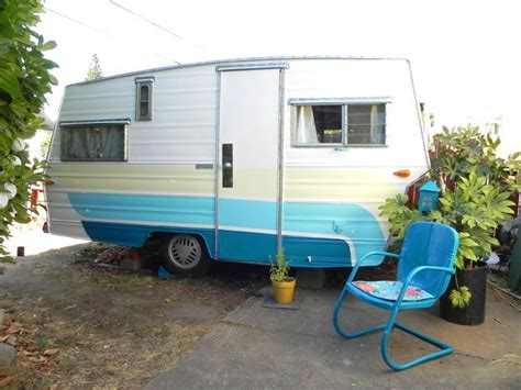 576 best images about vintage travel trailers pinterest retro caravan vintage trailers and