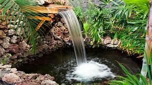 Fabriquer Une Fontaine Sans Pompe : fontaine cascade de jardin choisir son quipement c t maison ~ Melissatoandfro.com Idées de Décoration