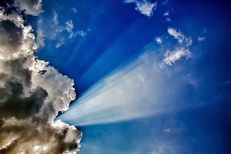 Sun Shining Behind The Clouds Hd Wallpaper