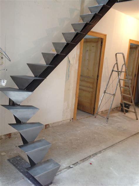 limon escalier 7 marches limon 7 marches en bois maison design deyhouse