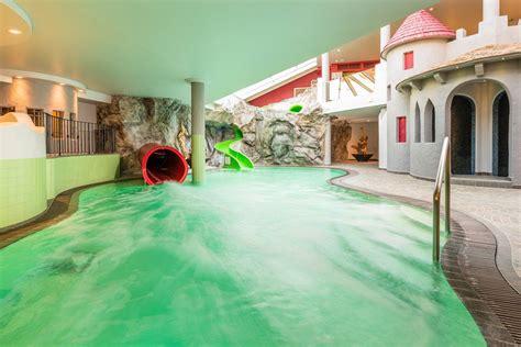 hotel schneeberg family resort spa  ridnaun