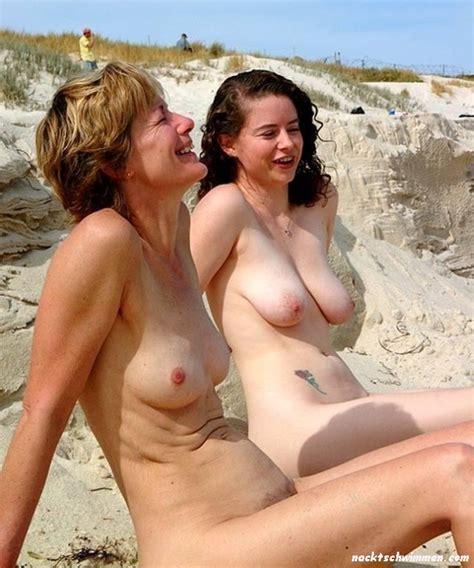 nackt strand haarige