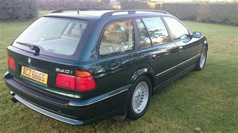 bmw    spd manual touring estate  miles